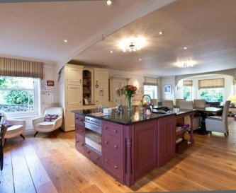 Stunning Fitted Kitchen with Aga