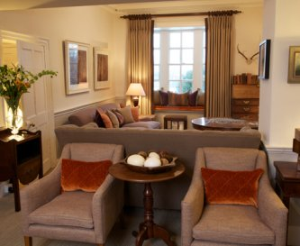 Traditionally furnished drawing room