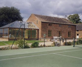 Our cottages from your private tennis court
