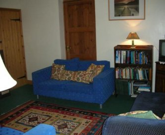 small sitting room, to relax and read in
